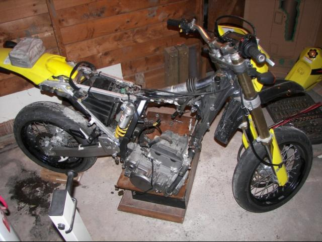 electric motorcycle motors